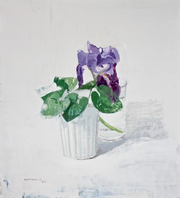 Lirio y hojas de lilas